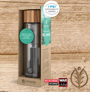 Thee infuser in eco verpakking en War Child bijdrage